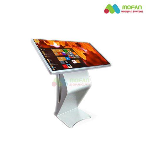 Màn hình LCD cảm ứng chân quỳ 49 inch